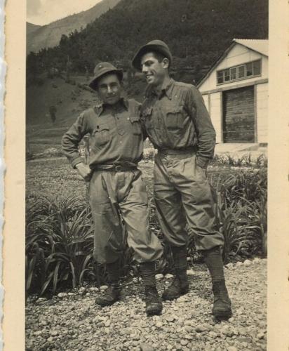 01.Angelo Paterlini insieme ad un amico