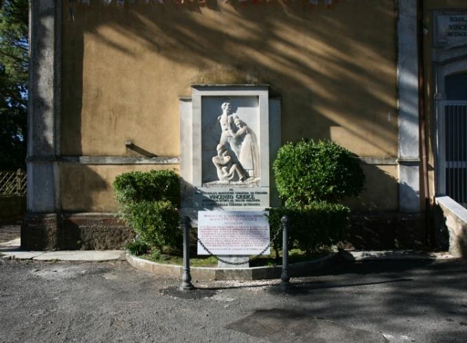 Monumento Vincenzo Giudice1