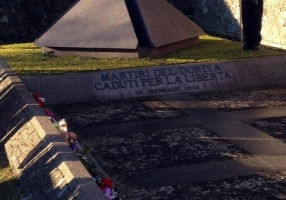 Monumento dedicato ai caduti dell'eccidio del Dordia