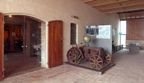 portico_trattore