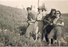 01.gruppo di partigiani