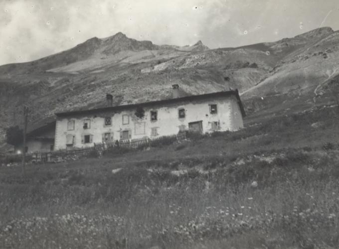 01.Valle dell'Ubaye, case colpite-luglio 1940