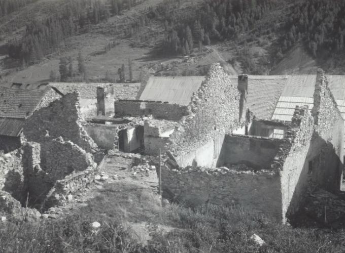 02.Valle dell'Ubayette, case colpite-luglio 1940